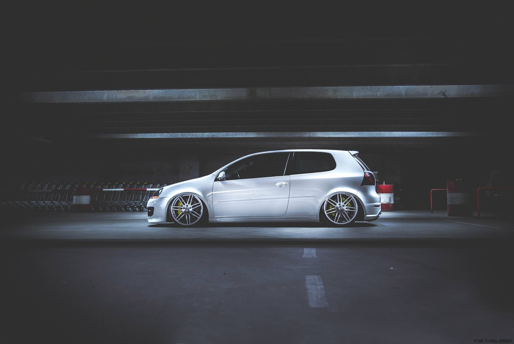 VW Golf Mk5, Stance, Formed